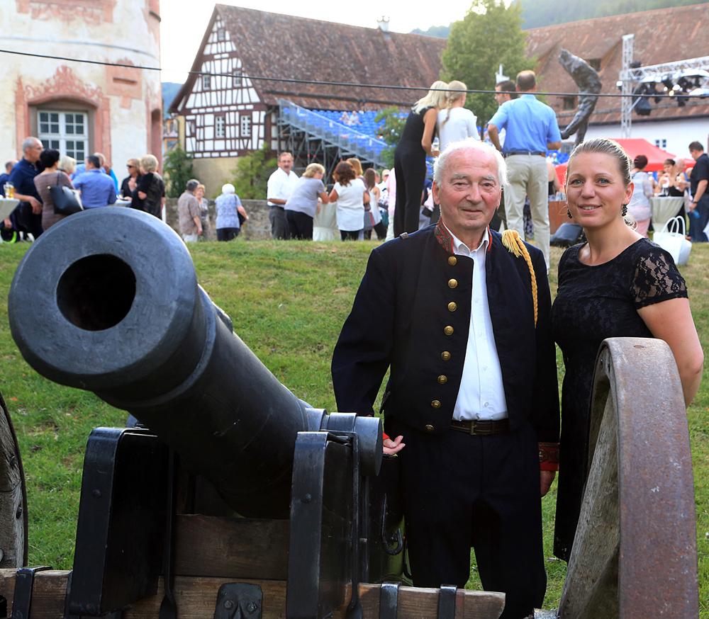 Opern-Splitter Opernfestspiel TOSCA Schloss Glatt 26.7.2015.Bild: Kuball