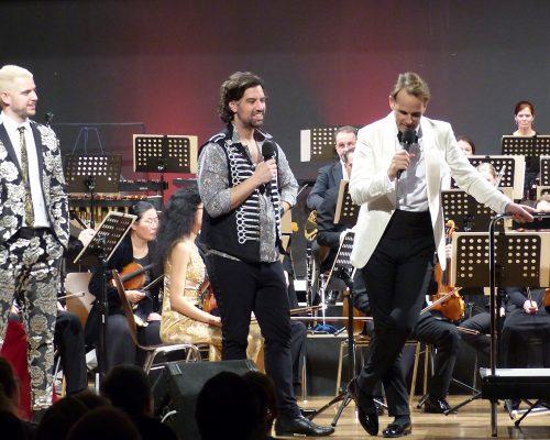 Till, Campbell, Orchester und Sven